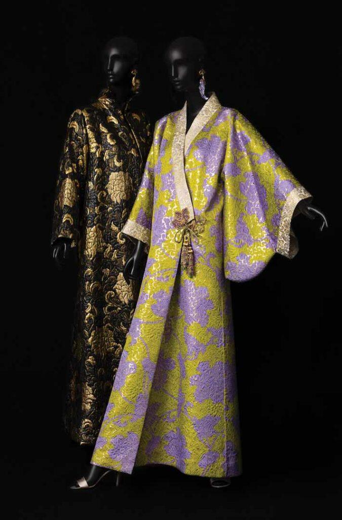 שמלות ערב בהשראת קימונו בעיצוב איב סן-לורן, 1994