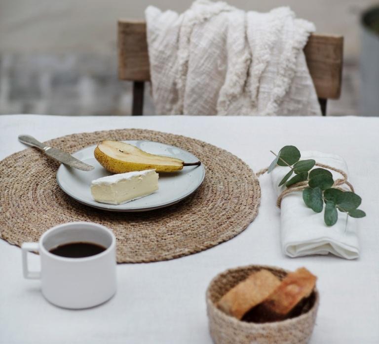 שולחן ערוך בהשראת הטבע
