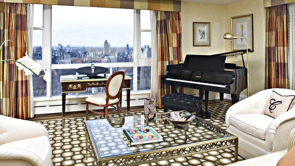 סוויטת דלקס במלון עם נוף על מנהטן