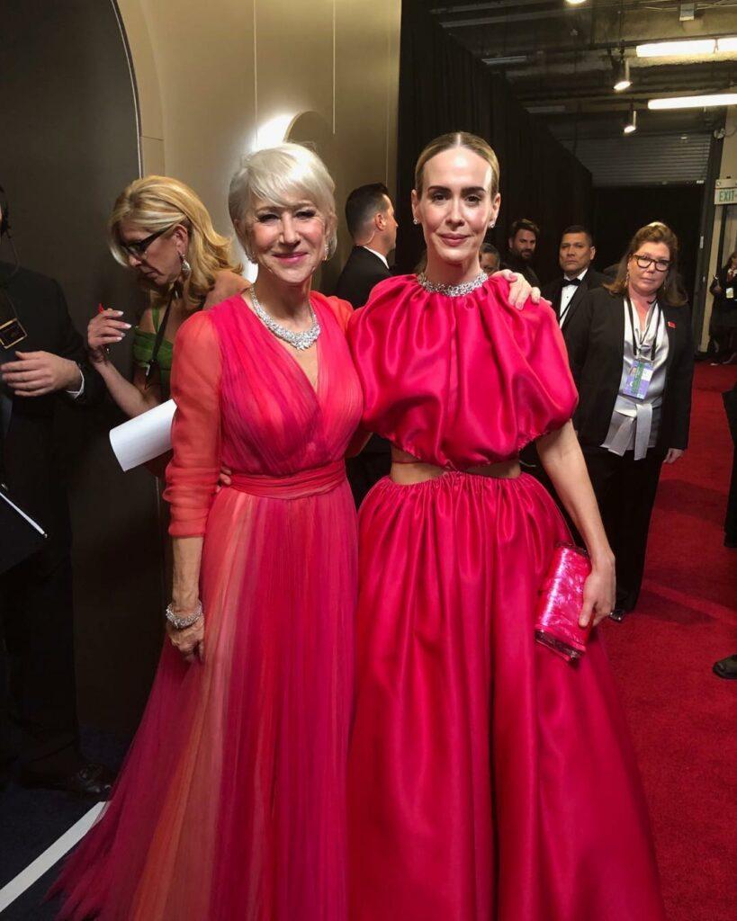 יפות בוורוד בערב האוסקר: הלן מירן ושרה פולסון