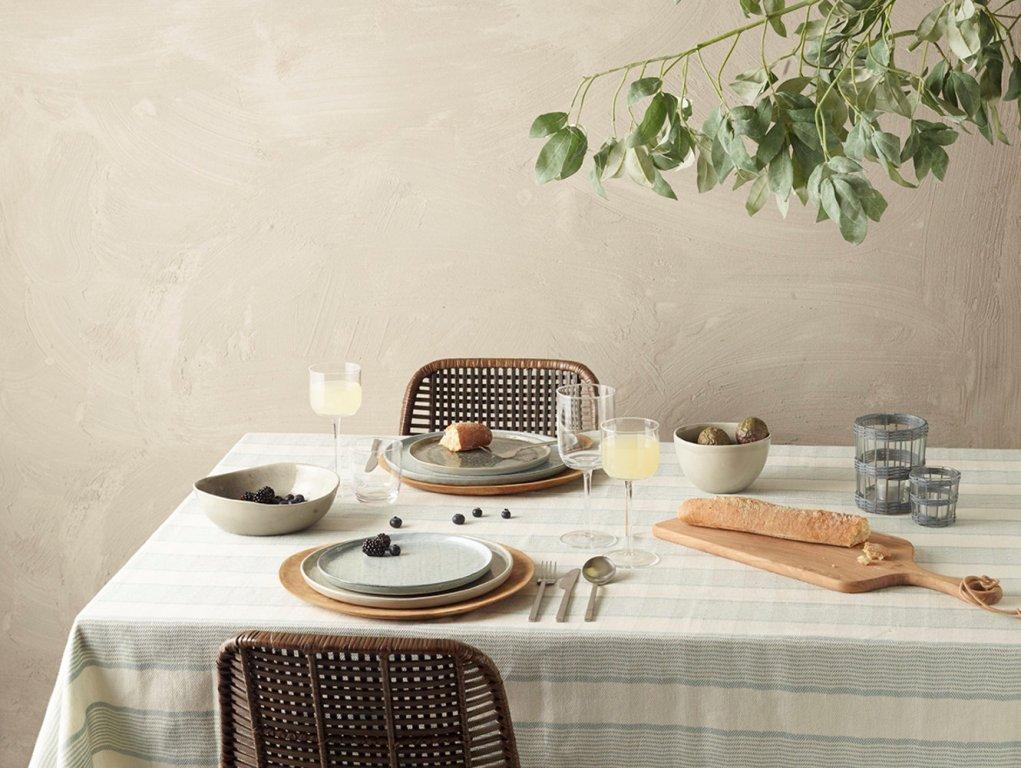 מפת שולחן מכותנה עם פסים בתכלת ולבן
