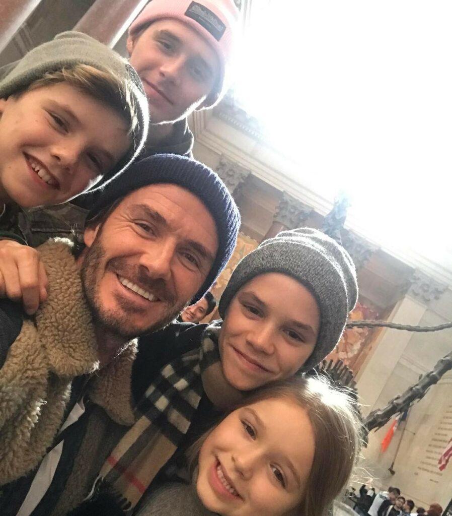 דיוויד בקהאם וארבעת ילדיו: ברוקלין, רומיאו, קרוז והארפר
