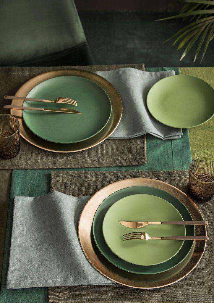 פלייסמנטים מכותנה בגוני חום, ירוק או ירקרק