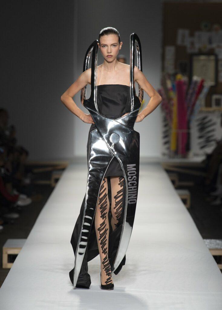 שמלת המספריים של מוסקינו