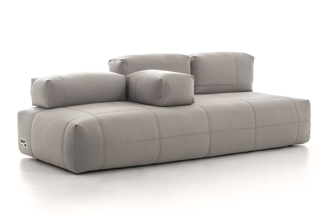 ספה עם משענות מודולריות, בעיצוב Moroso
