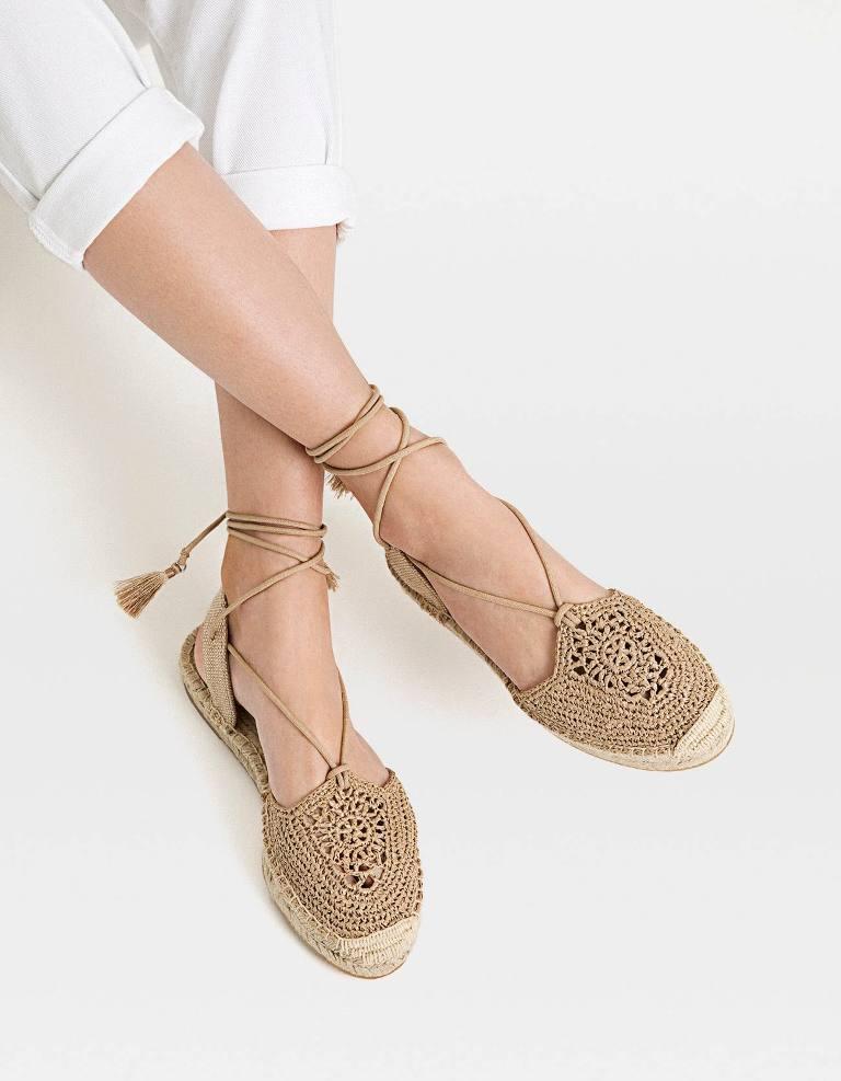 נעלי קרושה שטוחות עם סוליות אספדריל, סטרדיבריוס