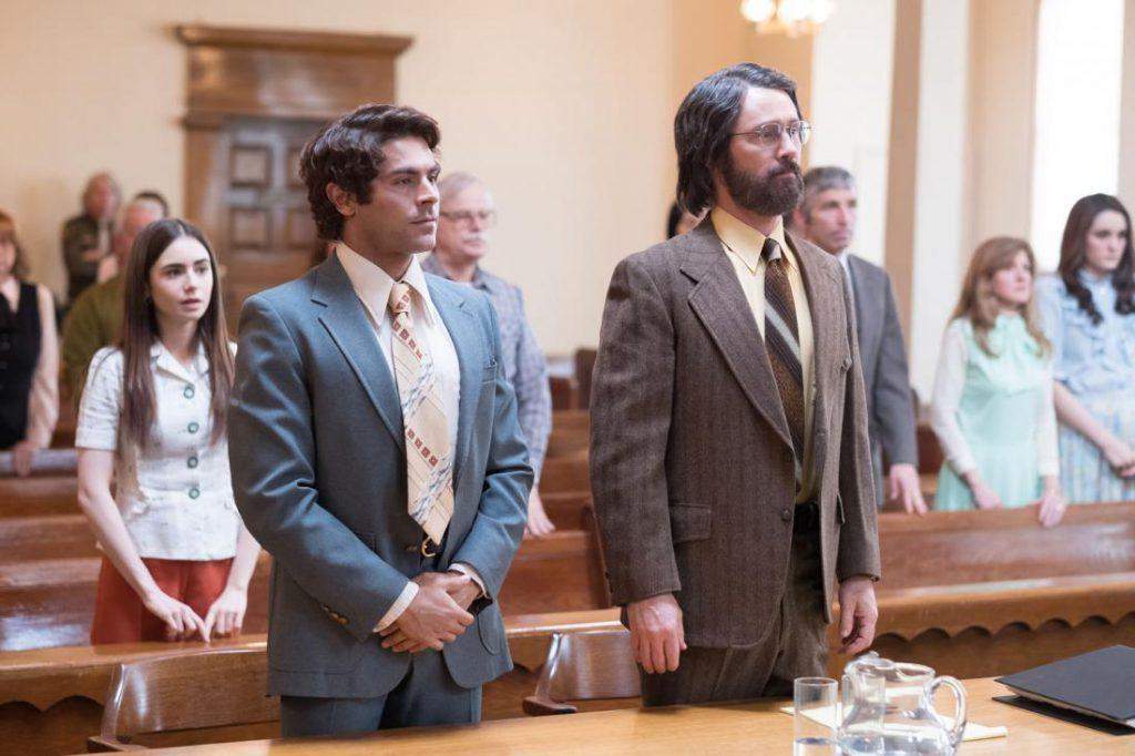 זאק אפרון (משמאל) בסרט משפטו של טד בנדי