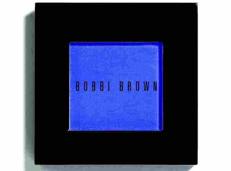 צללית של בובי בראון 135 שקל