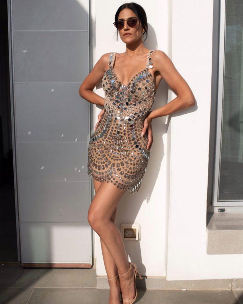 שמלת הריקודים של מגי אזרזר בעיצוב סטודיו חזן צוקרמן
