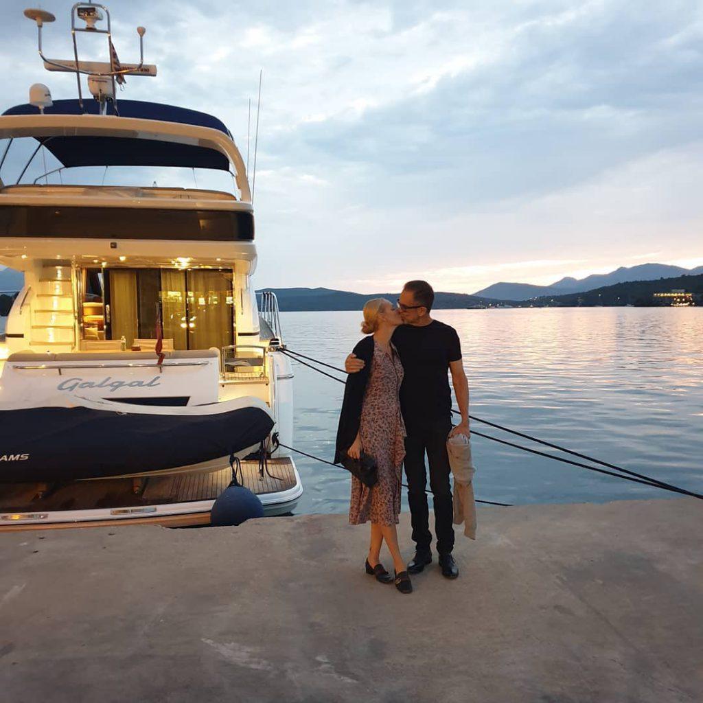 גלית גוטמן ויגאל אהובי בילו חופשה רומנטית באי היווני פארוס