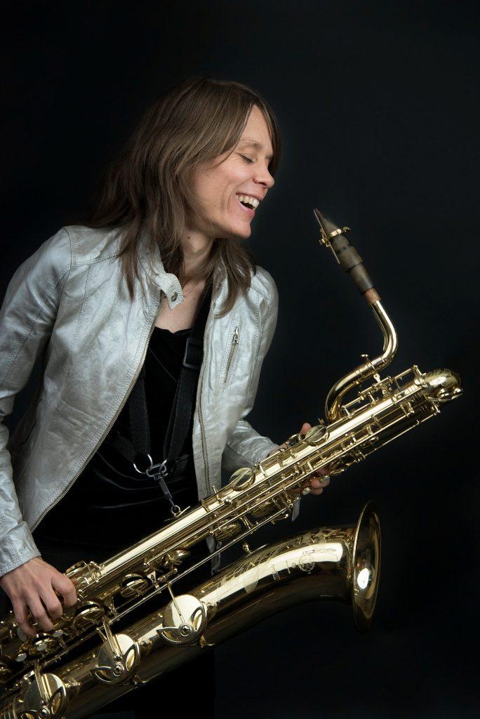 2הסקסופוניסטית הצרפתייה סלין בונאצ'ינה