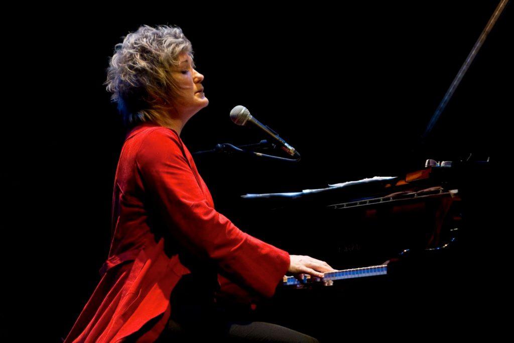 6הזמרת והפסנתרנית מאוסטרליה-ארצות הברית דנה דהרוז צילום אנטוניו פורקר