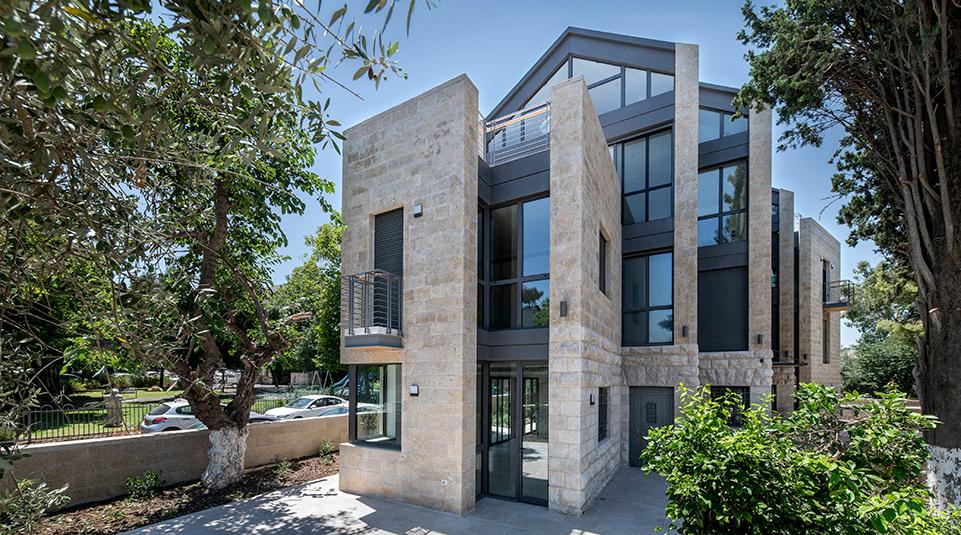 6הבית ברחוב יפתח בשכונת בקעה צלם אילן נחום