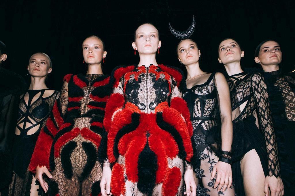 1דגמים של אלון ליבנה בשבוע האופנה תל-אביב 2019 צילום עדי סגל