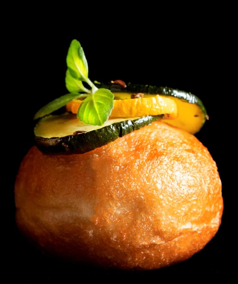 5מיני-מיני סופגניית בריוש עם מילוי זוקיני של מונייר. צילום דניאל לילה