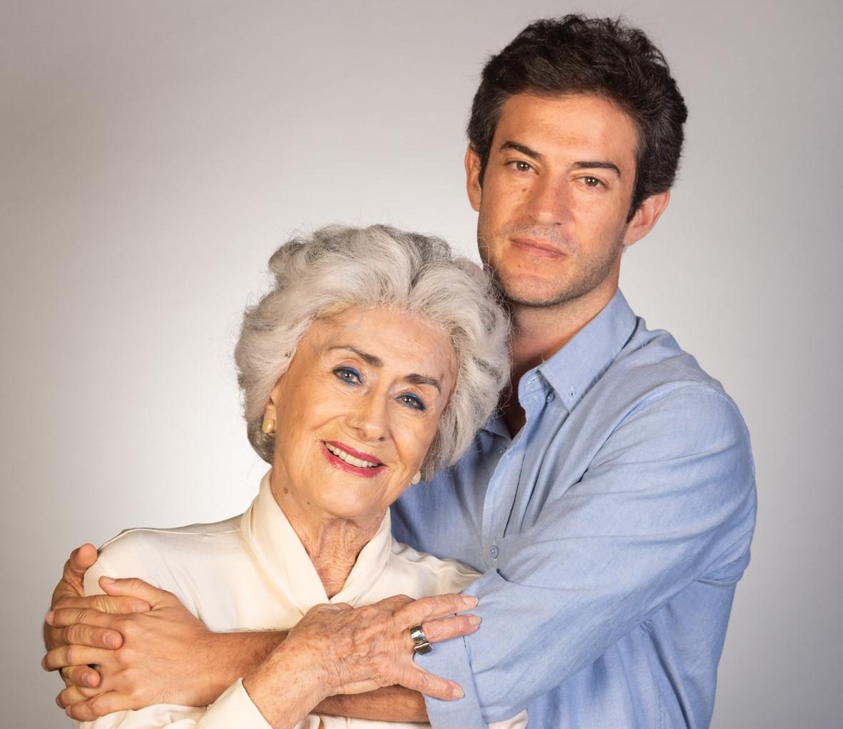 1נדב נייטס ומרים זוהר בהצגה הנכד בתיאטרון הקאמרי צילום גבריאל בהרליה