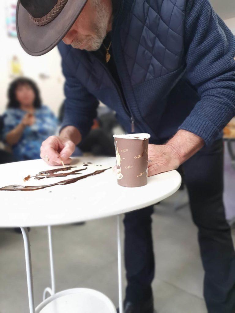 3ציור בקפה גלריית יוניטי ארט. צילום יחצ (1)