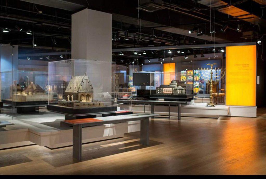 2מוזיאון העם היהודי בית התפוצות ברמת אביב