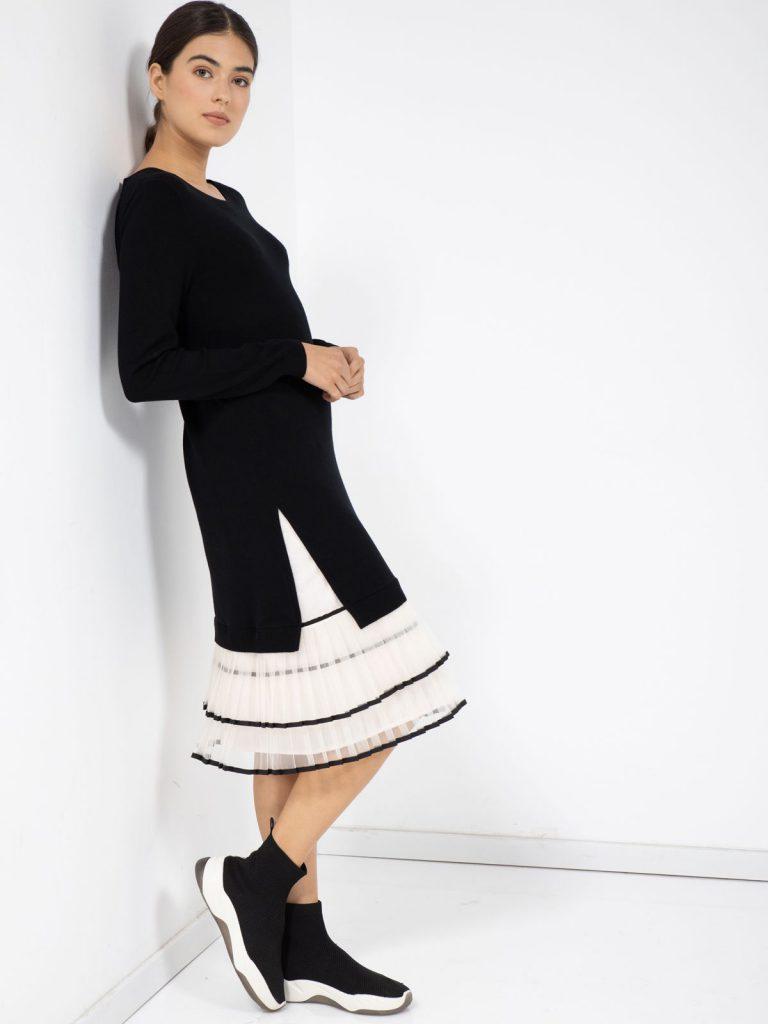 8שמלה ארוכה עשויה סריג ויסקוזה נעים לשימלה שילוב של פליסה עשוי טול 260 שקל סיגל דקל לקרייזי ליין