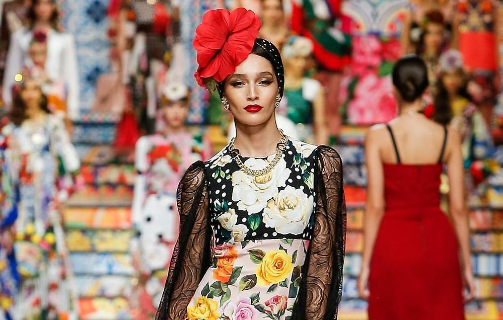 שמלות פרחוניות קיץ 2021