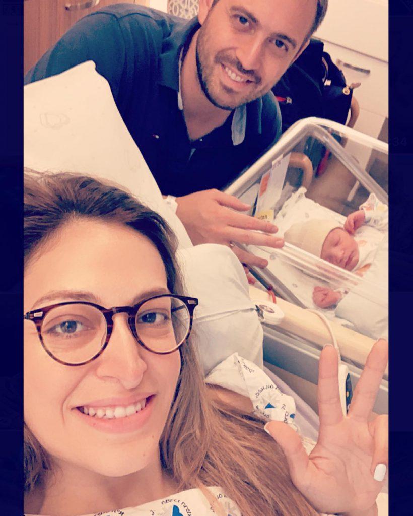2מירי מיכאלי בעלה והילד השלישי